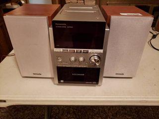 Panasonic Bookshelf Stereo System Model SA PM533 w  5 Disc CD Changer