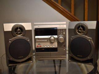 Aiwa Stereo   Model     NSX D22