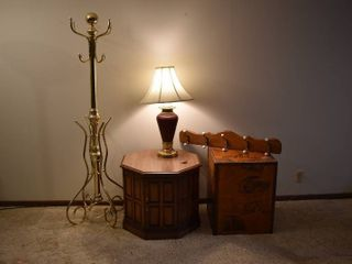 lot of 5 Assorted Furniture   Decor Items   2 End Tables  Coat Hanger  Coat Rack    lamp   Coat Rack   6  Tall