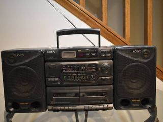 Sony Stereo   Model     CFD 560