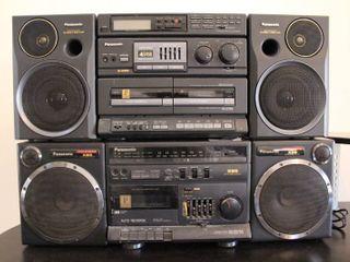 lot of 2 Panasonic Stereos   Model     RX CS750   RX CT990