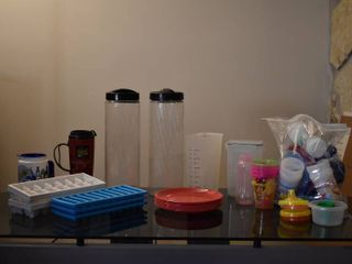 large lot of Assorted Plastic Cups  Childrens Cups  Ice Cube Trays  Table lamp   Plates