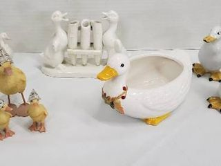 Duck Decor  Ceramic and 1 Set of 3 Resin