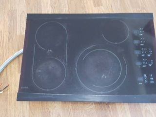 Kenmore Elite Glass Top Drop In Range Top  Electric    Used  working when removed from service    30 75 x 21 5 in