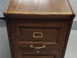 Oak Wood 2 Drawer locking Filing Cabinet   2 Keys   Hanging Files included  18 5 x 28 25 x 29 75 in  tall