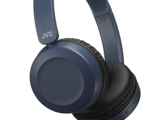 JVC Stereo Headphones With Built in Remote   Microphone   Model Number HA S31M