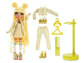 Rainbow Surprise Rainbow High Sunny Madison   Yellow Clothes Fashion Doll with 1 Mix   Match Outfit and Accessories  Toys for Kids 6 to 12 Years Old