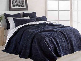 DKNY Speckled Jersey Full Queen Quilt in Navy