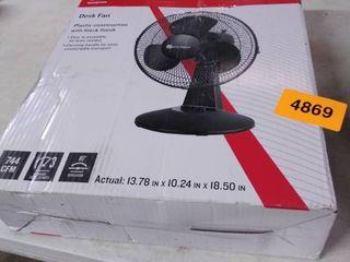 utilitech 12in desk fan plastic construction with black finish