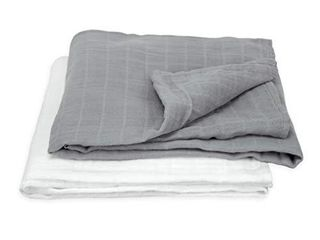 2 green sprouts Muslin Swaddle Blankets sized for easy swaddling   Super soft   softer with every wash  Gray Set