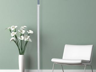 Natural Full Spectrum Sunlight Therapy Reading Floor lamp by Windsor Home   Retail  69 99