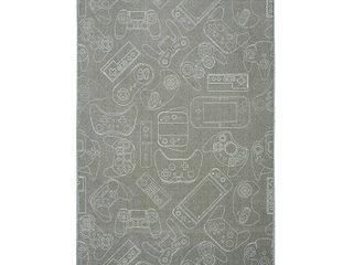 5  x 8    Grey Gamer Rug  Retail 147 19