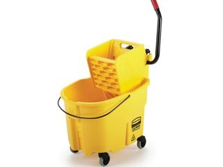 Rubbermaid Commercial Products WaveBrake 35 Quart Commercial Mop Wringer Bucket with Wheels