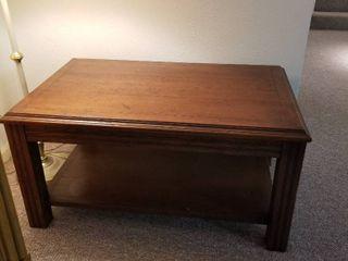 Coffee table 22 x 44 x 28