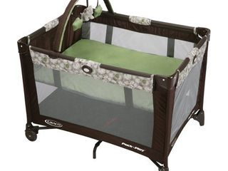 Graco Pack  n Play On the Go Playard with Bassinet  Zuba
