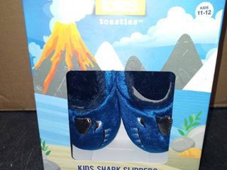 KIDS SHARK SlIPPERS 11 12