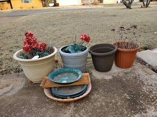 4   Asst  Flower Pots