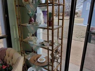 Bamboo Shelf   Contents