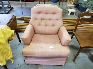 Sofa Chair   Blankets