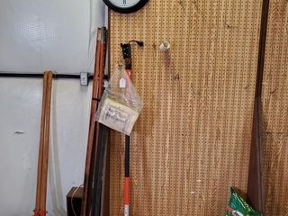 Rolling Pegboard  Remington Pole    Contents