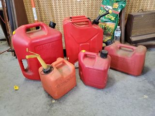 4   Gas Cans   1   Jerry Can