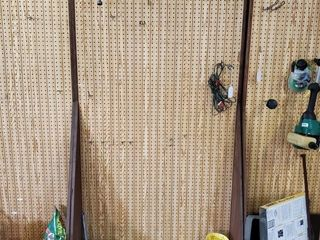 Rolling Pegboard   Contents