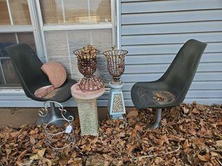 Swivel Chairs  Pedestals    Garden Decor