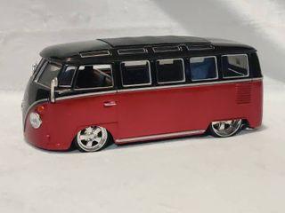 Die Cast Volkswagen Van  Samba  Collectible