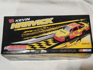 29 Shell   Kevin Harvick 2009 Impala SS Collectible Die Cast Car in Box