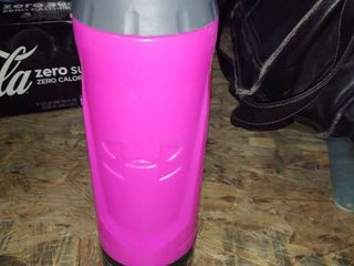 Under Armour Sideline 32 Ounce Squeezable Bottle  Fucsia