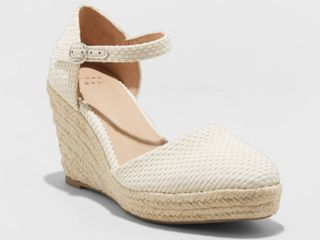 Women s Olivia Rounded Toe Espadrille Wedge Pumps   A New Day Cream size 11  Ivory