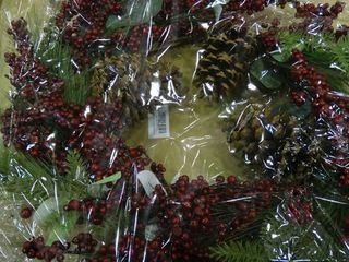 24  Winter Wreath