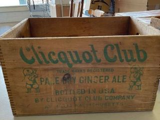 Clicquot Club Pale Dry Ginger Ale Wood Crate  Massachusetts
