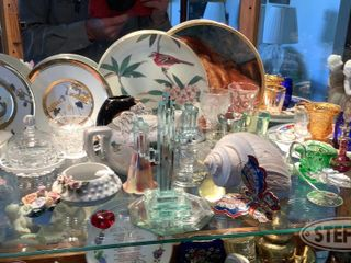 Collector Plates Cups Glass Items 0 jpg