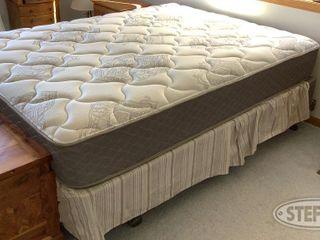 Queen Bed 0 jpg