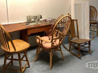 Piaf Sewing Machine 4 Chairs 0 jpg
