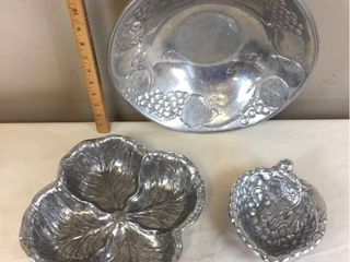 Vintage Wilton Armetale Heavy Pewter Serving Bowls   Cabbage leaf Salad Bowl  lg  Fruit Bowl  Sm  Grape dish