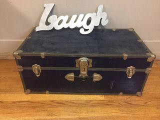 Vintage Blue Metal clad foot locker trunk  30in x 16in x 12in  no key  laugh wall decor 21in x 8in
