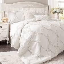 White   Queen  lush Decor Avon Ruffled White 3 piece Comforter Set Retail 131 49