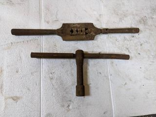 Antique T Wrench   Tube Clamp