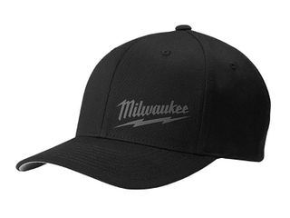 Milwaukee large Extra large Black Fitted Hat Retail   22 97