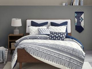SHEETS, COMFORTERS, BLANKETS, PILLOWS, DUVETS, CURTAIN PANELS, & MORE
