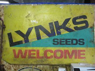 lYNKS SIGN