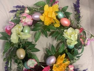 Tulips and Eggs Floral Arrangement Wreath