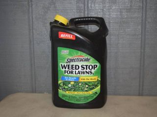 Spectracide Weed Stop for lawns Refill   1 33 Gallon