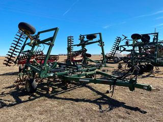 30  Quinstar Orthman Fallowmaster w Pickers