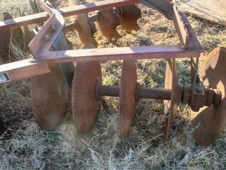 Tractor Supply 6  3Pt Disc Harrow