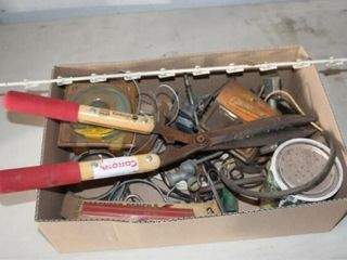 Hedge Shears  weedweater line  carpemter pencils