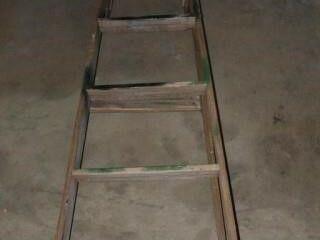 Wooden 6  ladder
