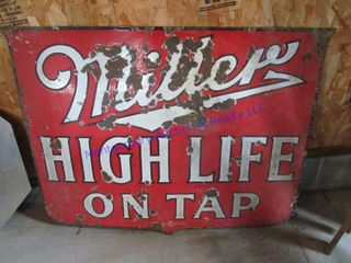 PORCElAIN MIllER SIGN